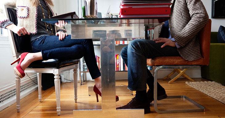 anapnoes.gr : body language Πώς μπορούμε να ψυχολογούμε τους γύρω μας