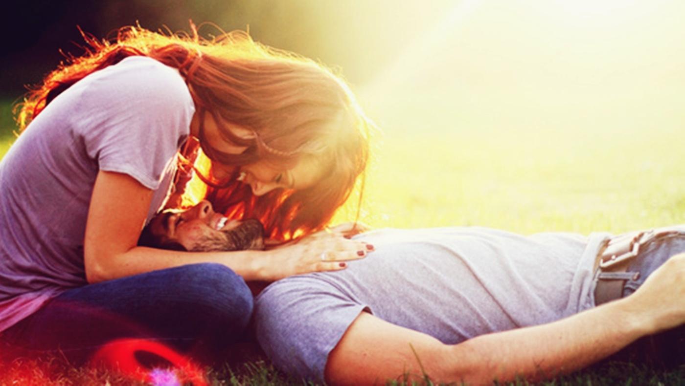 Ο έρωτας αγνοεί τις εναλλακτικές. Του αρκεί ο εαυτός του.