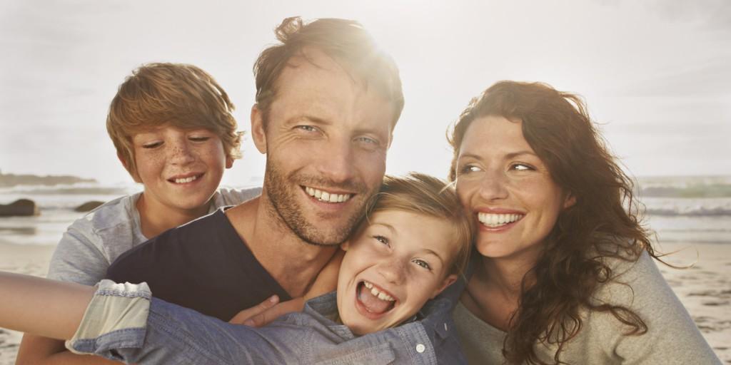 anapnoes.gr : o FAMILY VACATION facebook 1024x512 Χόρχε Μπουκάι: Η οικογένεια είναι ο βατήρας στο άλμα για την ενήλικη ζωή.