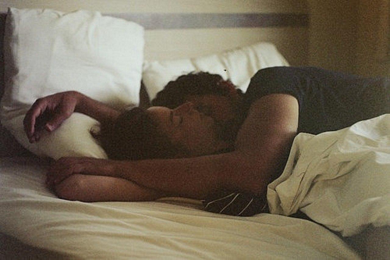 Что если девушки спят вместе, Изучите и запомните: как вычислить девушку. - Limon 27 фотография