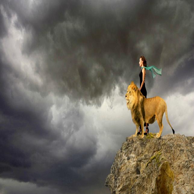 Lion-Woman-Cliff-Vista