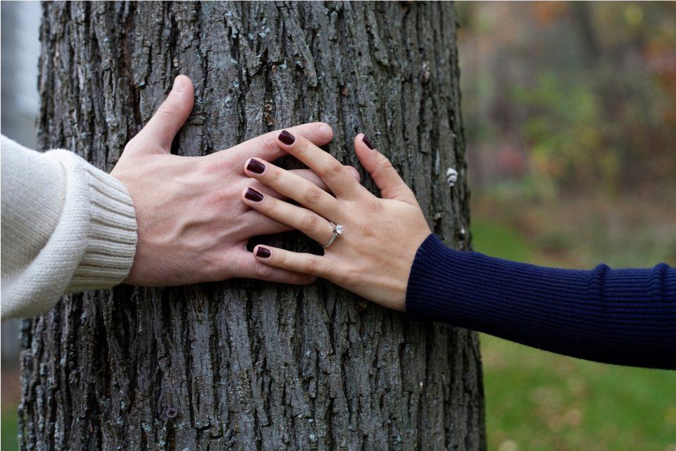 Κάθε ζευγάρι έχει ανάγκη το «μαζί» για να επιβιώσει.