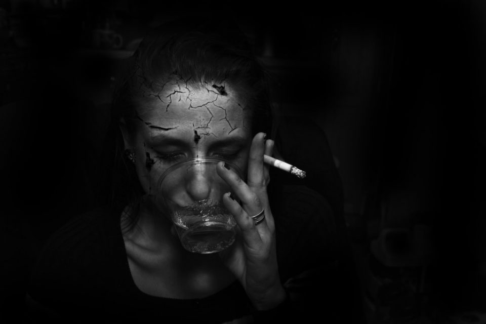 Η αδιαφορία, από άνθρωπο που πίστευες δικό σου, πονάει.