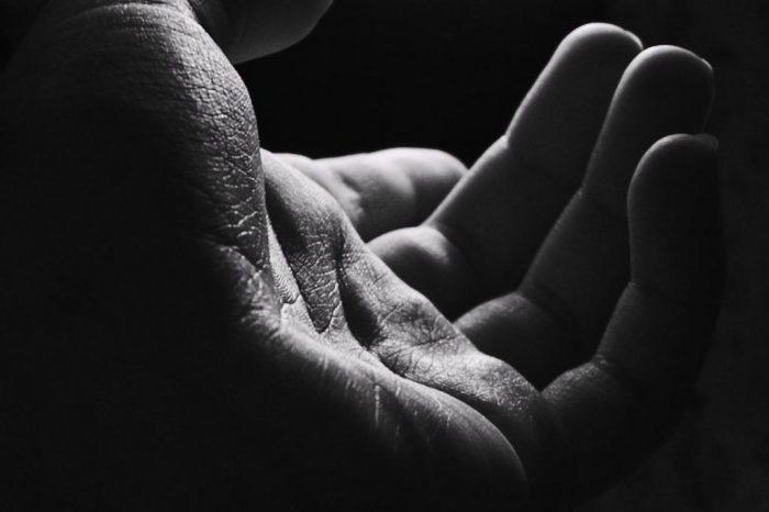 Στο «βοηθώ» κρύβεται η ομορφιά του κόσμου.
