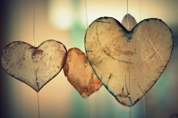 Αγάπη πάνω από όλα σημαίνει να μην απαρνιέσαι τον εαυτό σου.