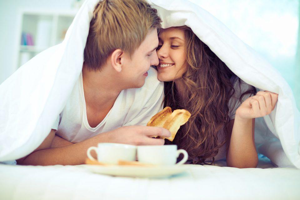 Θέλω να είμαι το πρωινό της Κυριακής σου.