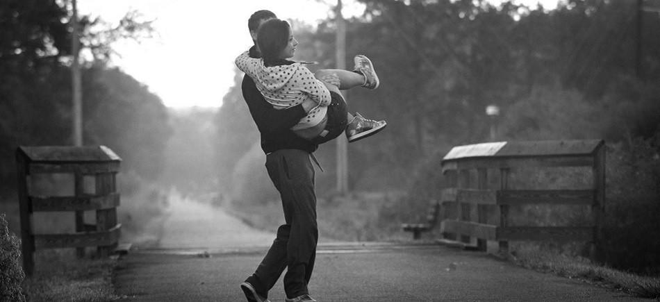 Εκεί που θα σε αγαπώ και θα με αγαπάς χωρίς πρέπει και γιατί.