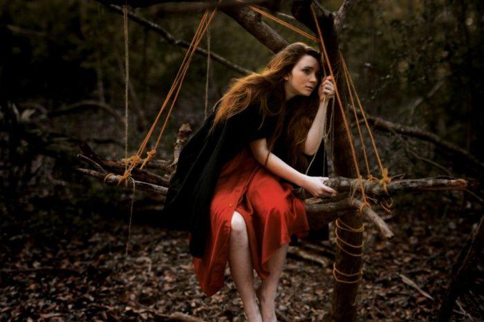 Η καρδιά επιλέγει χωρίς να ρωτήσει και σημαδεύει μια ψυχή παντοτινά.
