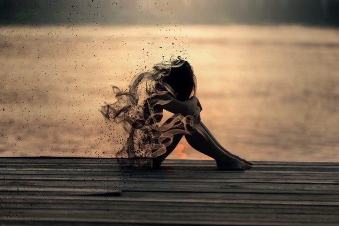 Οι δυσκολίες, οι φόβοι και ο πόνος κάνουν την γυναίκα δυνατή.