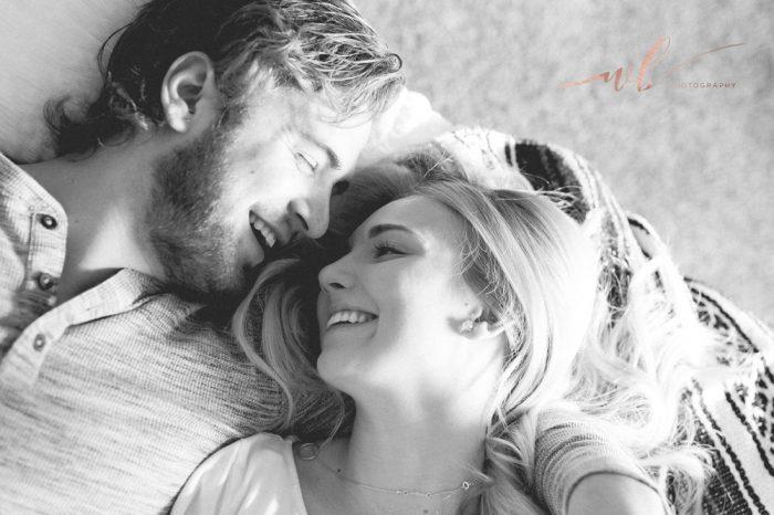 Όταν σε αγαπούν, τα πάντα γύρω σου δείχνουν όμορφα.